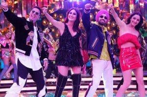 Good Newwz Bollywood Movie Review