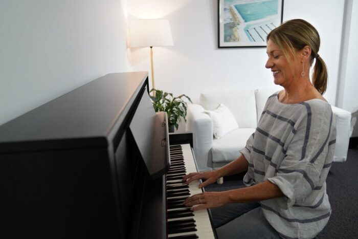 Best Ways to Learn to Play Piano